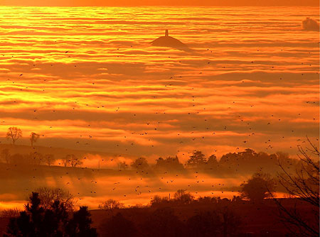 https://heterodoxology.files.wordpress.com/2012/11/glastonbury-tor-mist.jpg